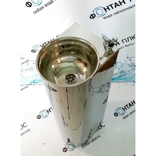 Фонтанчик питьевой Родничок-1 с краном дозатором