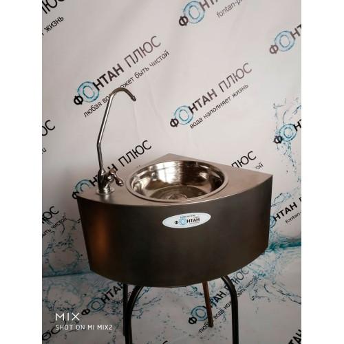 Фонтанчик питьевой Водяной-2 с поворотным краном