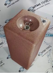 Фонтанчик питьевой из искусственного камня с кнопкой