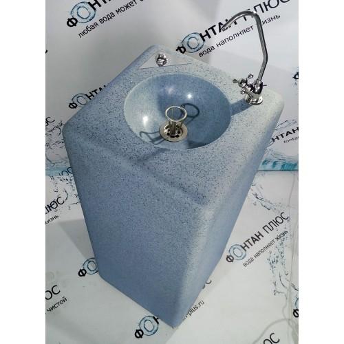 Фонтанчик питьевой из искусственного камня с охлаждением, кнопкой и поворотным краном